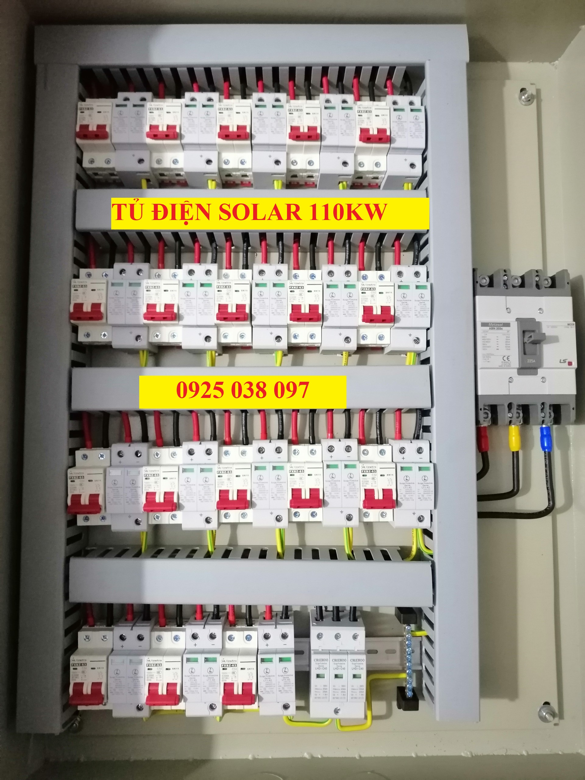 tủ điện năng lượng mặt trời 110kW 18 strings